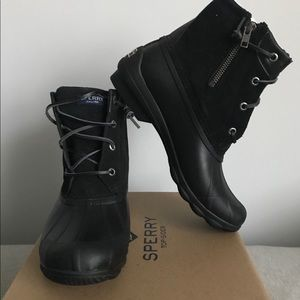 Sperry duck boots NIB size 8 black